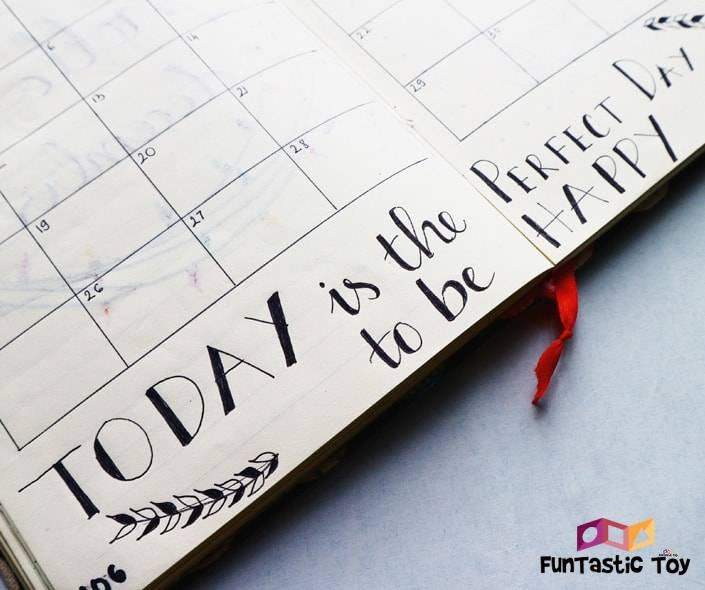 Image of calendar with motto
