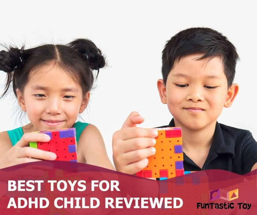 Featured image of asian boy and girl playing with cubes