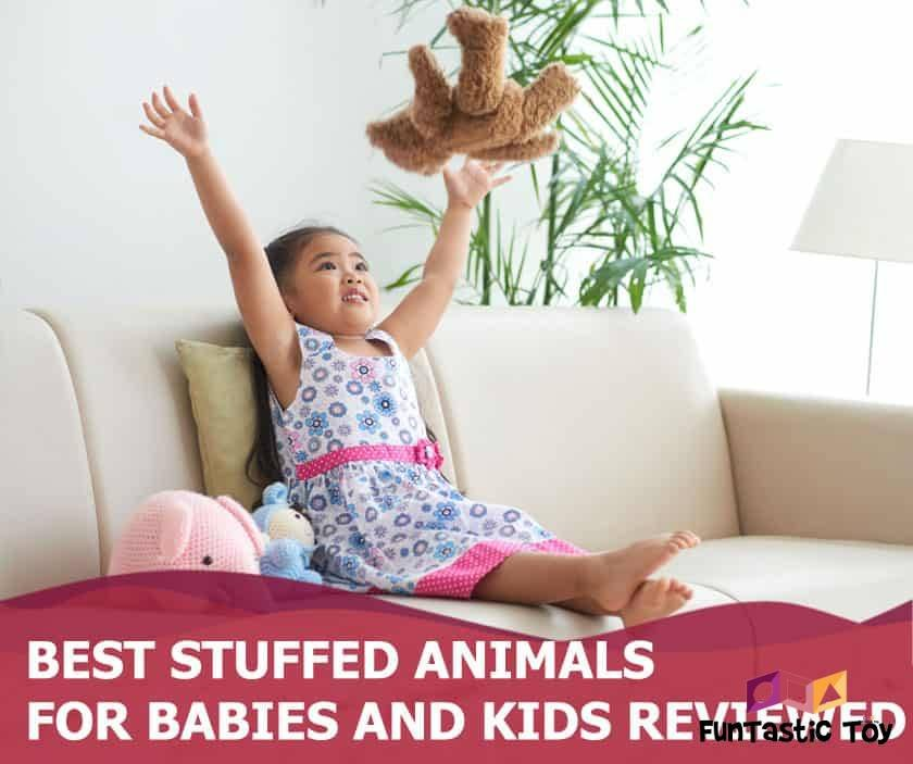 Featured image of cute asian girl on sofa with stuffed animals