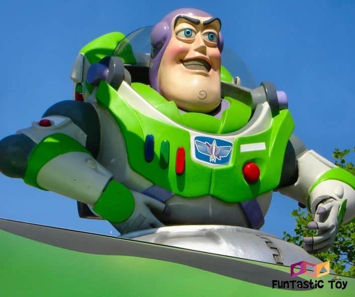 Image of Buzz Lightyear metal statue